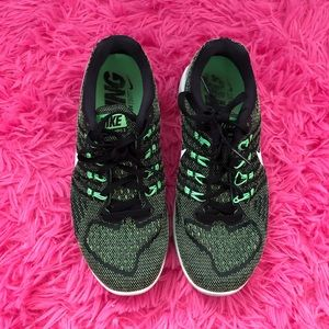 Women's Nike air zoom strong